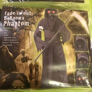 Fade in Fade Out unknown phantom costume new